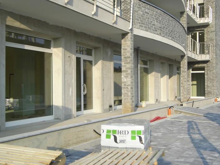 Emmeproject - Vetrine negozi in alluminio