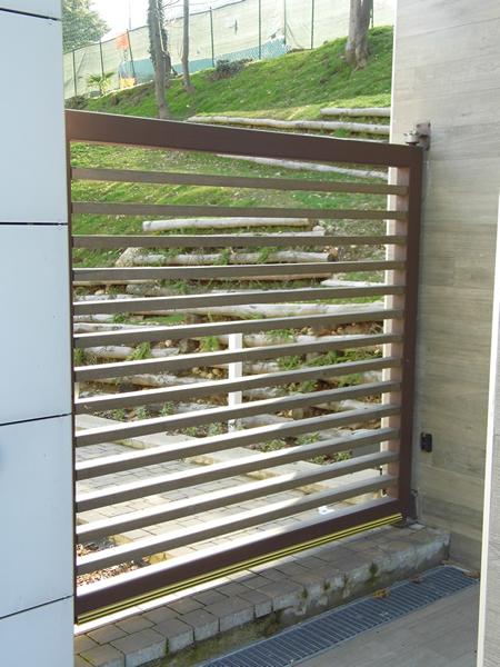 Emmeproject - Cancello ferro e legno motorizzato